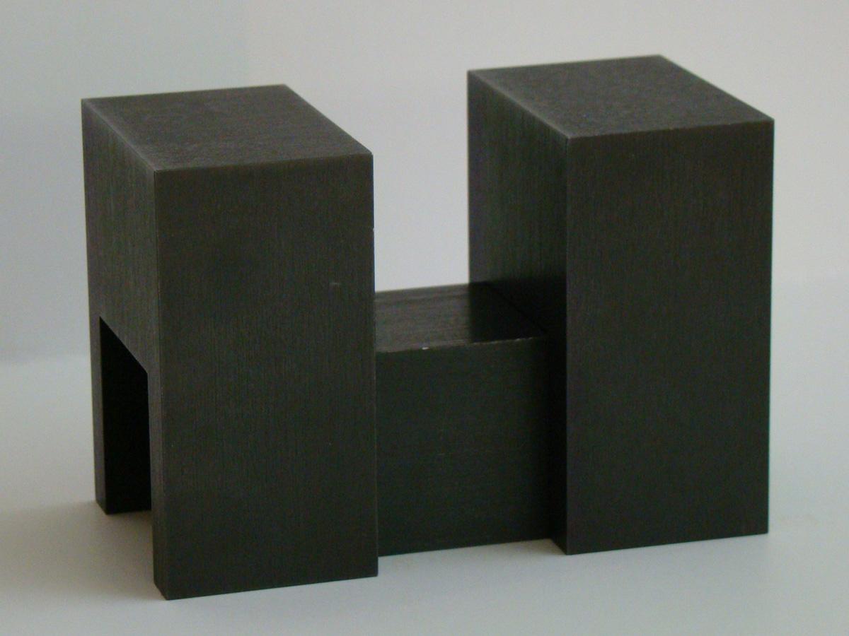 http://www.kunsteninterieur.nl/kunst/Cor%20van%20Dijk%20-%20Sculptuur.jpg